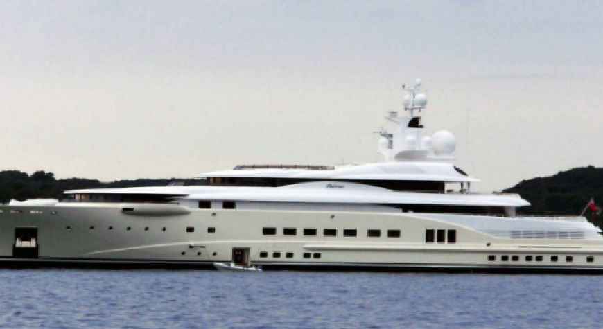 Superyacht abramovich  Roman Abramovich and his Superyacht Eclipse - Club Yacht