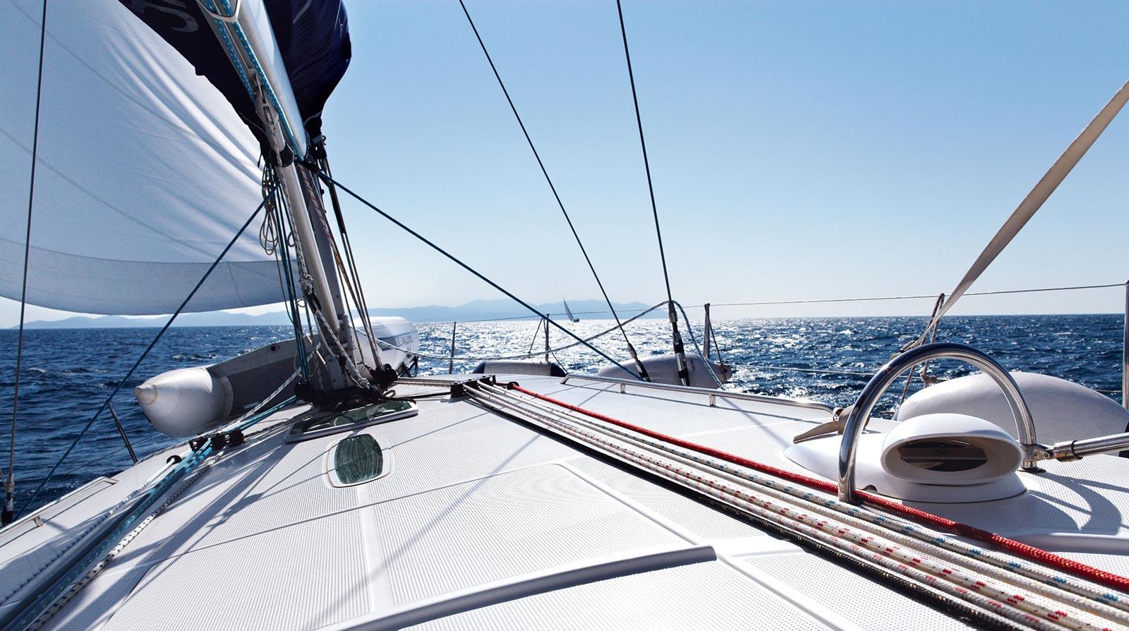 club-yacht-bg-1
