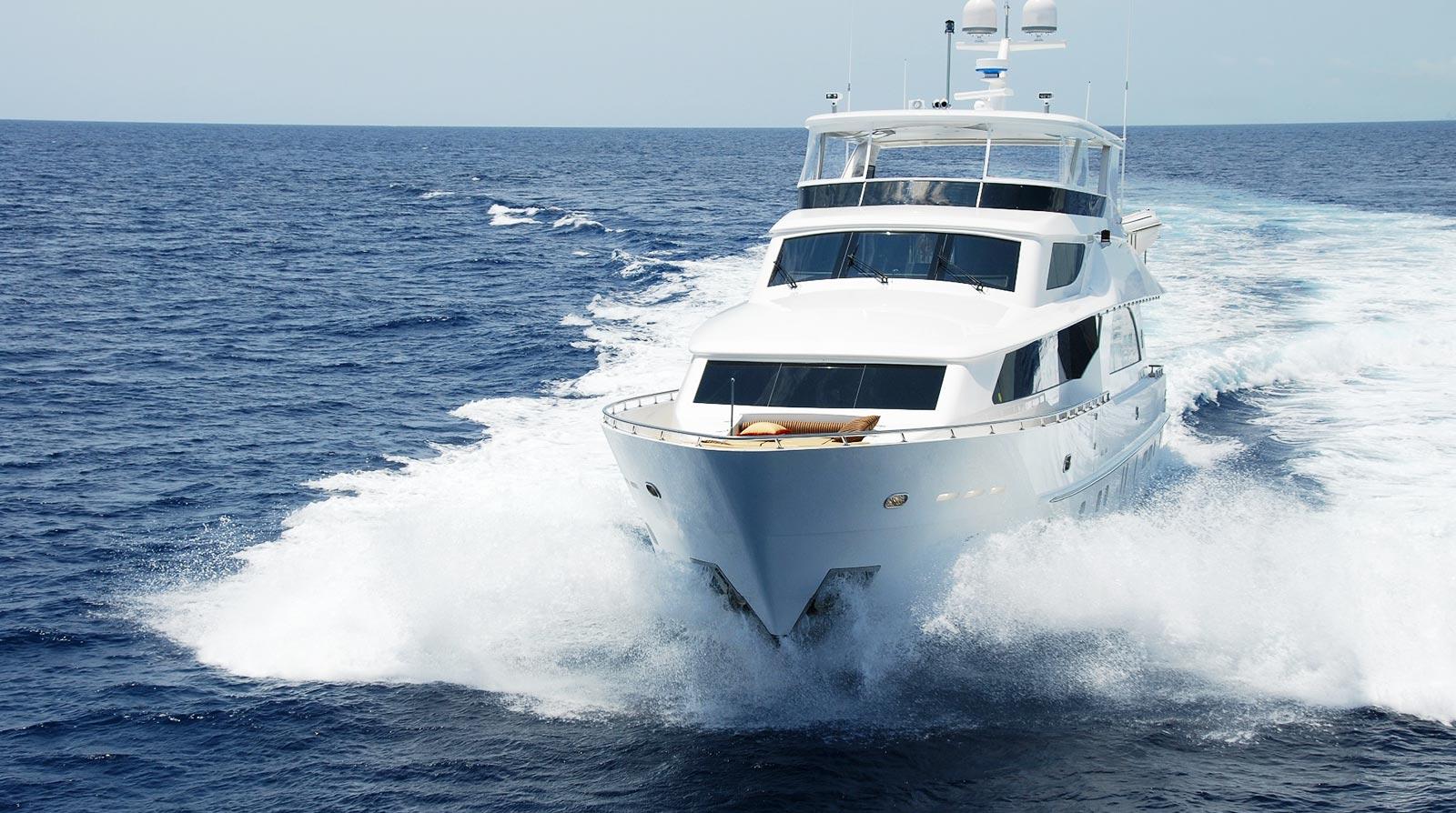 club-yacht-bg-4