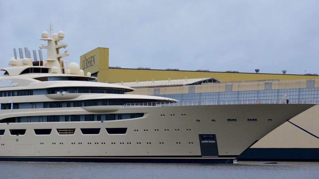 yacht of omar - usmanov