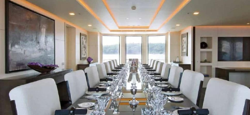 siren yacht dining area