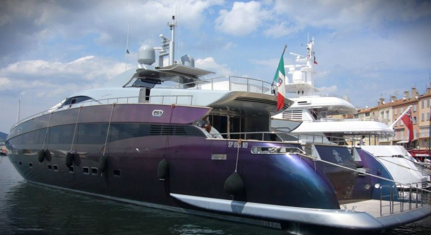 Roberto Cavalli and his Motor Yacht Called Roberto Cavalli